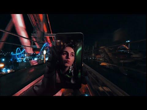 Youtube: TESSÆ – Bling
