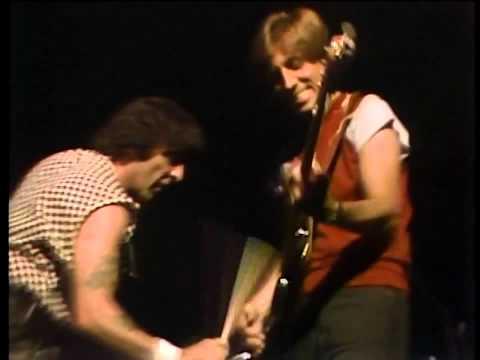Mel Taylor  {The Ventures}  Best Drum Solo Ever!  - Caravan -  LIVE!!  (1984)