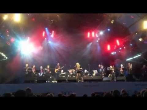 Nicola McGuire Video 40