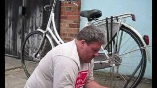 puncture repair on hub geared bikes.