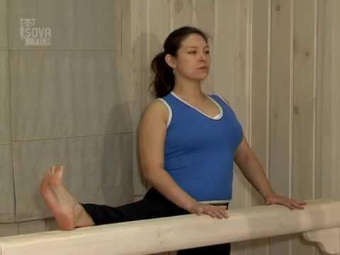 russkie-zhenshini-popa-s-shiroko-razvedennimi-nogami-individualki-tula