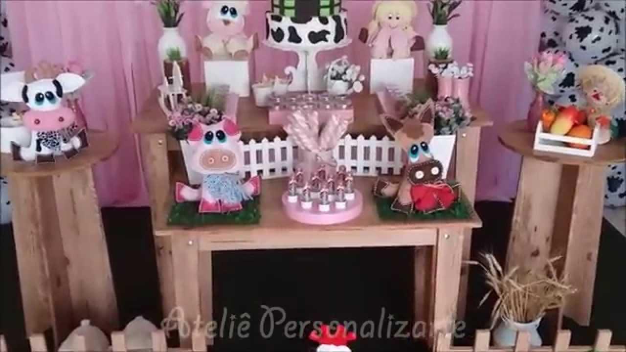 Decoraç u00e3o de festa infantil Fazendina Rosa Rústico YouTube -> Decoração De Festa Infantil Da Galinha Pintadinha Rosa