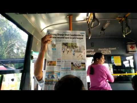 Goa (Dec'16) - When the entire bus wants to read one newspaper!