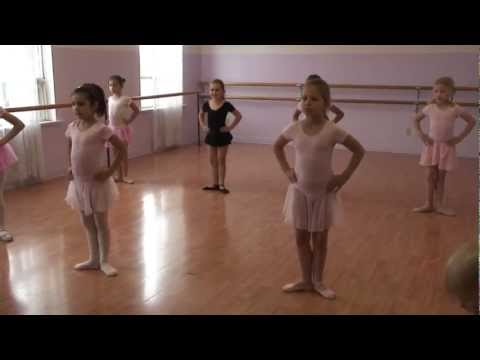 Children's Ballet Class. Ages 7-9