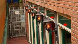Amsterdam, Netherlands: Coffeeshops and Red Light District
