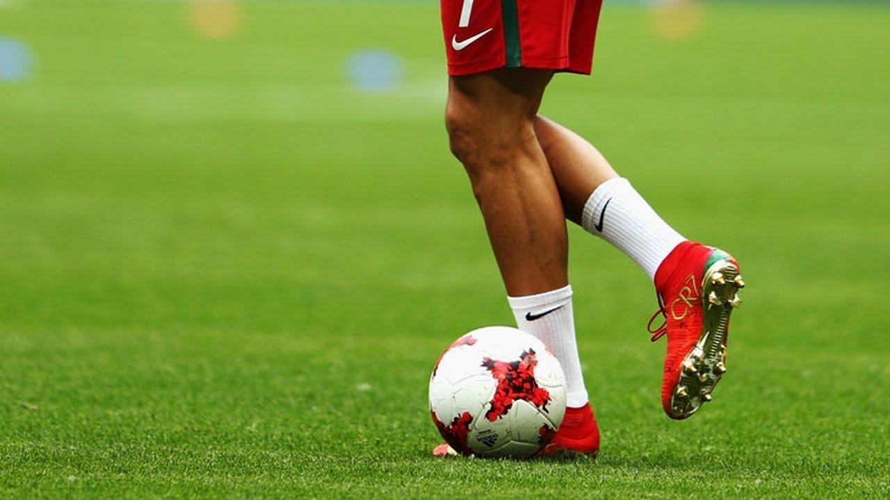 Cristiano Ronaldo Mesmerizing Skills Tricks Hd Youtube