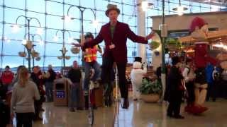 Awesome Henrik Bothe unicycle hat trick, Seatac Airport.