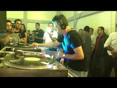 DJ .RICARDO MIRANDA ..EN EL DEPORTIVO EDUARDO MOLINA..2016