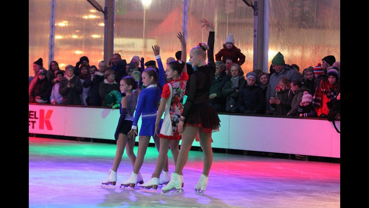 Hsv Eiskunstlauf Eisbahneröffnung 2016 Möbel Kraft Bad Segeberg