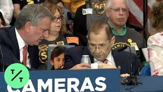 Rep. Jerry Nadler Appears to Faint at News Conference in New York thumbnail