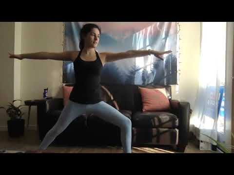 Vinyasa Yoga with Julia - 45 Minutes