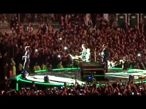 Coldplay - Army of One [Live At Estadio Nacional, Chile] [Multi-Cam]