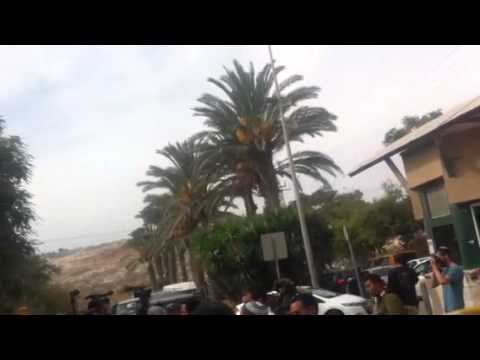 Anarchists & Arabs Riot at Jewish Owned Supermarket