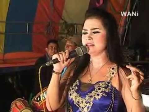 Agita Swara - Tina Aulia Reviska (Lilin Putih)