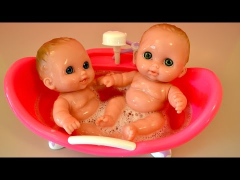 baby alive feeding and changing video with peas doll food funnydog tv. Black Bedroom Furniture Sets. Home Design Ideas