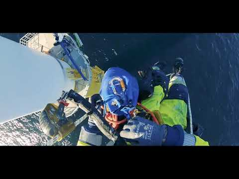 Day in the life of a Rope Access Wind Turbine Blade Technician