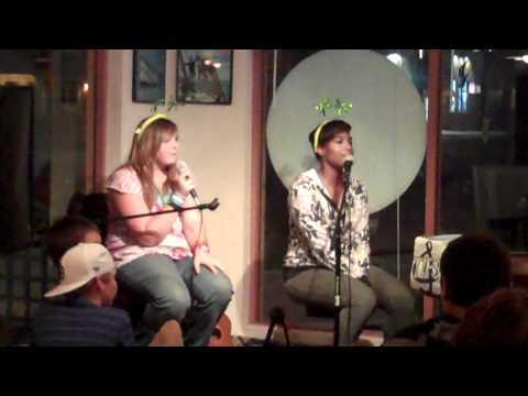 Imperial Beach-Beach Club Grille-karaoke (3) 10-20-11