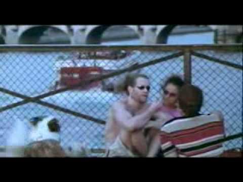 Eiffel I'm In Love (Trailer Movie)
