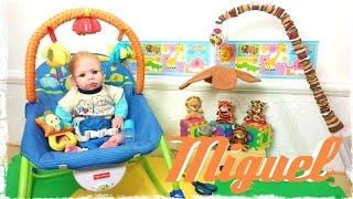 "Rotina da Tarde Bebê Reborn ""Caseiro"" Miguel Montando o novo Mobile para brincar! Peter Toys"