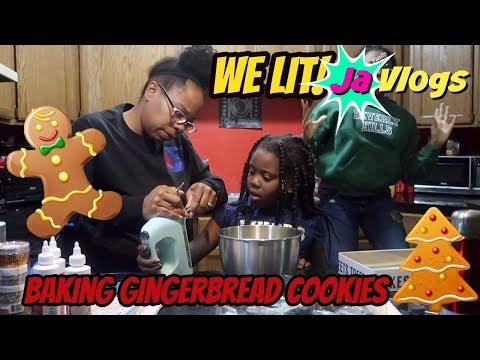 Baking Gingerbread Cookies | We Lit! | Vlogmas Day 14 | 2017 | JaVlogs