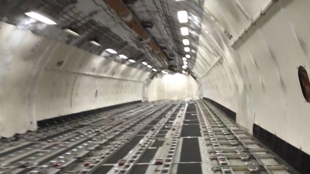Inside MD11 Cargo - Yo...
