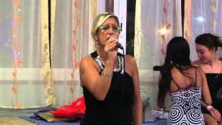 Karaoke: Patrizia canta DONNA CON TE di Anna Oxa