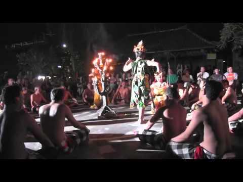 Kecak and Fire Dance in Bali|バリ島のケチャとファイヤーダンス