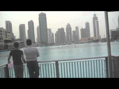 Dubai Mall boardwalk and Burj Khalifa