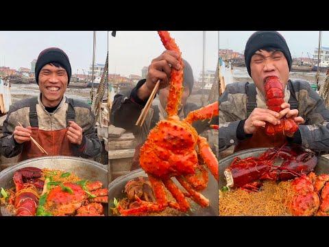 Fishermen Eat Seafood 🦐🦀  Eating Addiction