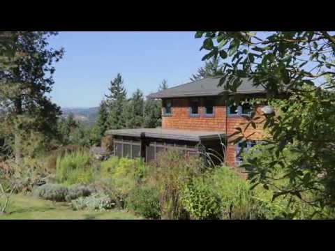 Architecture Spotlight #49 | Rural Oregon Craftsman Home by Patricia K. Emmons | Yamhill, Oregon