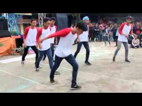 Marios19 Shuffle at anniversary SMAN 2 Pontianak (guest star)