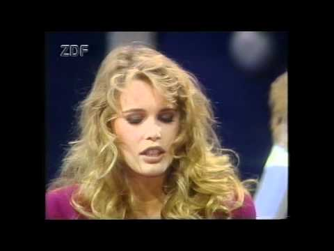 CLAUDIA SCHIFFER  GUNTHER SACHS GERMAN TV PART 1.mp4