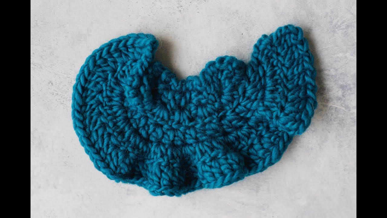 How To Crochet A Ruffled Edge Youtube