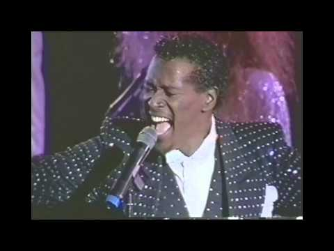 Luther Vandross - Live At Wembley 1987 - Wait For Love