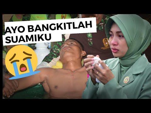 Meneteskan air mata setelah menonton perjuangan TNI AD...