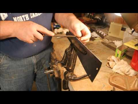 Sharpening & Restoring A Disston #28 Tool Box Saw ~ Pt 5 ~ by Old Sneelock's Workshop