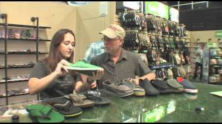 Sanuk Beach Sandals Outdoor Retailer Product News With Billy Carmen