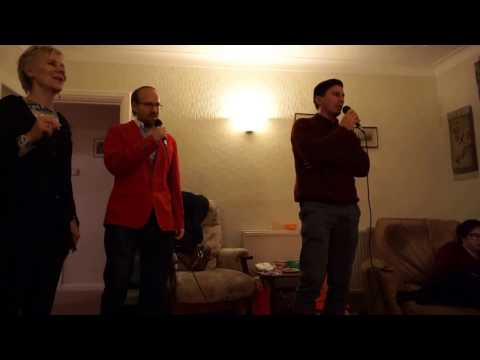 Christmas Karaoke (Hungarian vs Romanian)