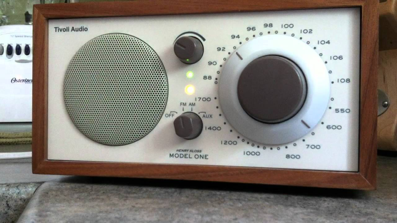 tivoli model 1 table radio incredible internal fm antenna demo youtube. Black Bedroom Furniture Sets. Home Design Ideas