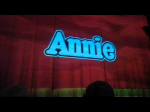 Annie - Overture/Maybe/A Hard Knock Life [Australian Tour]