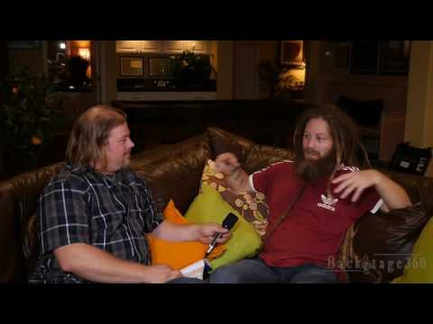 Mike Love - BackStage360 - Interviews & Videos