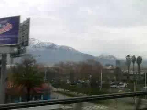 2008-07-24 Cordillera nevada desde la Línea 5 del metro