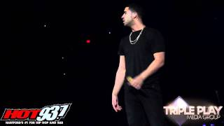 Drake Addresses Young Money Situation @ Hot 93.7 Jingle Jam concert 12-2-11