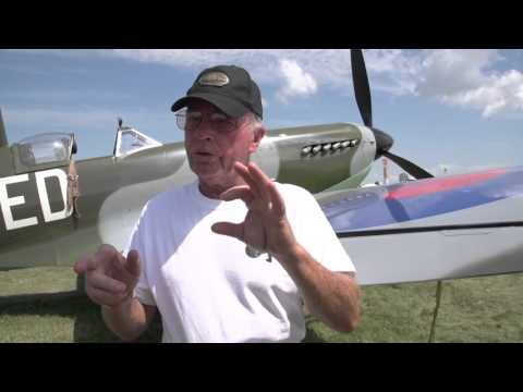 Warbird From Scratch: A Homebuilt Spitfire