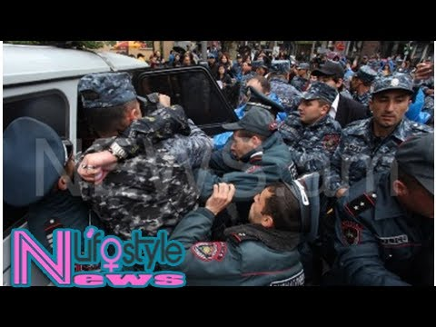 Yerevan police detain merchants on strike (photos)