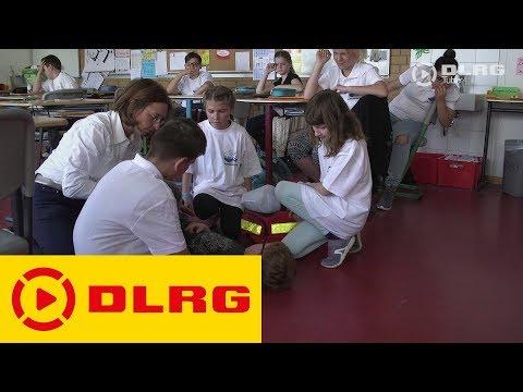 DLRG Sanitätsausbildung in der Schule