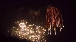 ムビる10156 湯殿川で見る花火 hanabi thumbnail