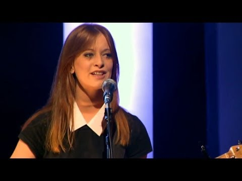 Orla Gartland performs Roots | Saturday Night Show | RTÉ One