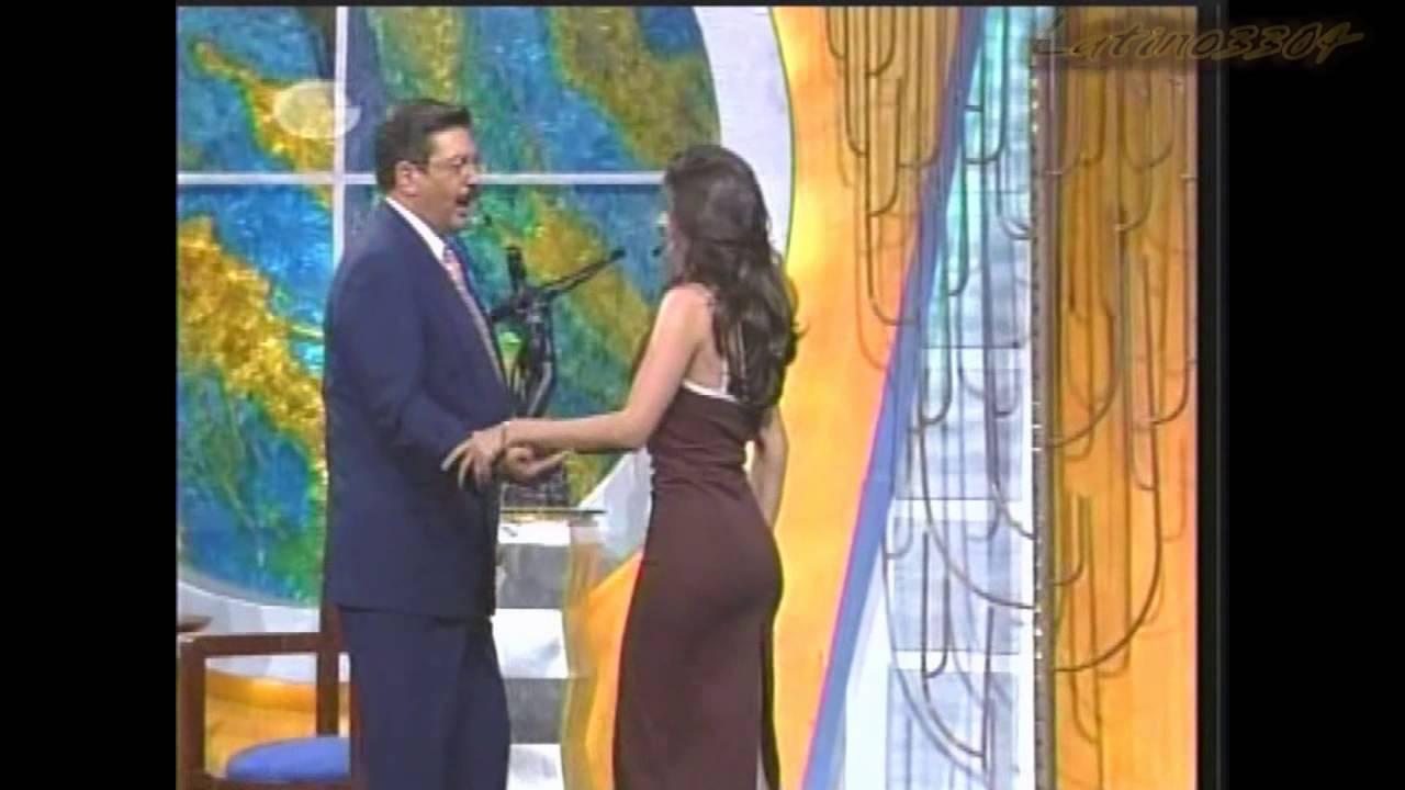 Luz Elena Gonzalez - Brown dress