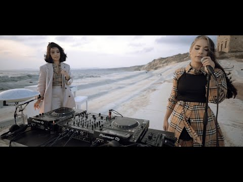 Giolì & Assia – Hands On Me